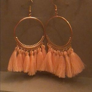 5/25 💕Soft PinkHoop Dangle Fringe Tassel Earrings